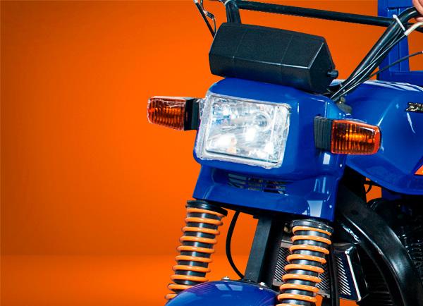 zongshen-motocicleta-furgón 200-faro-azul