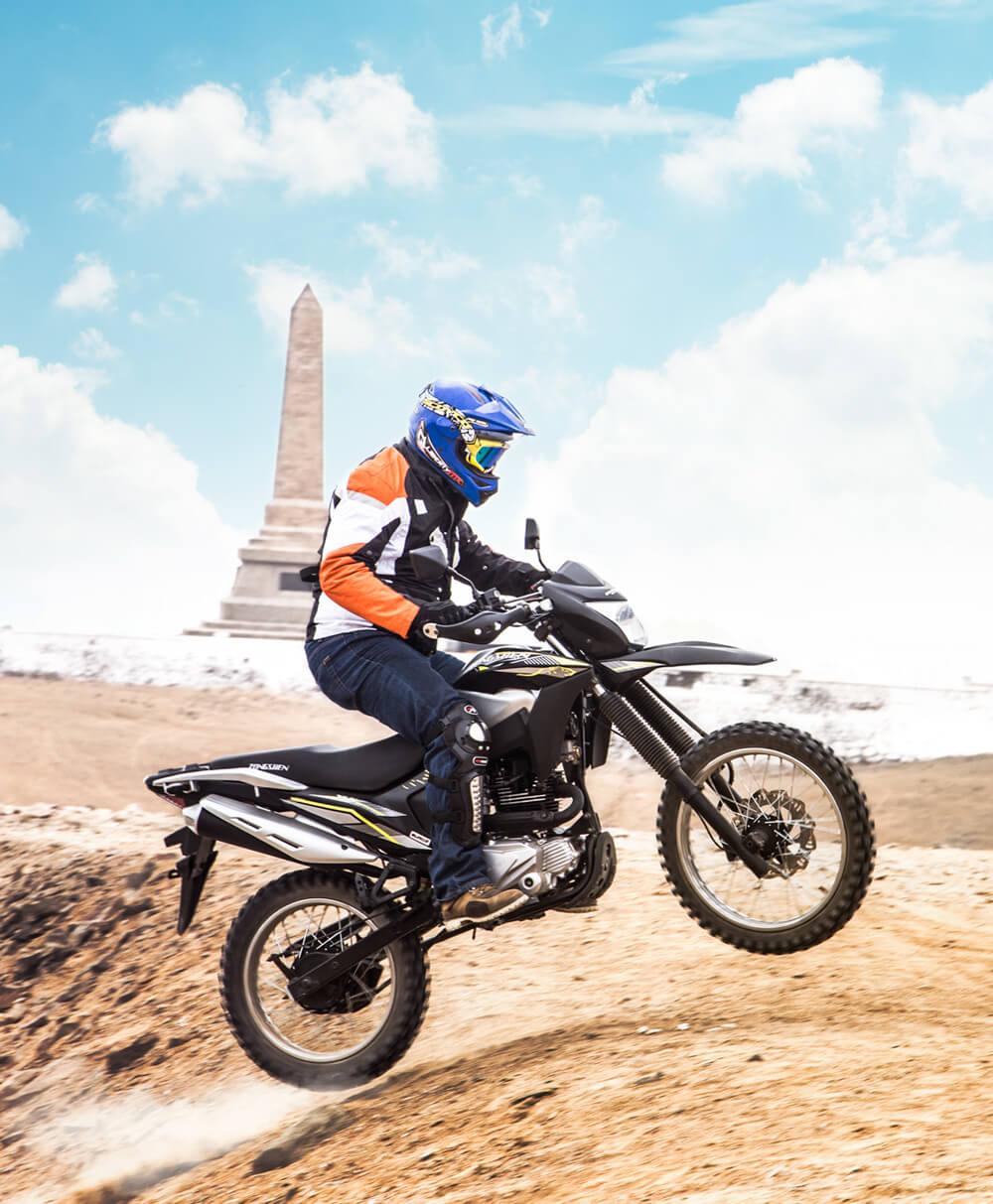 Motocicleta-Triax200-vista1