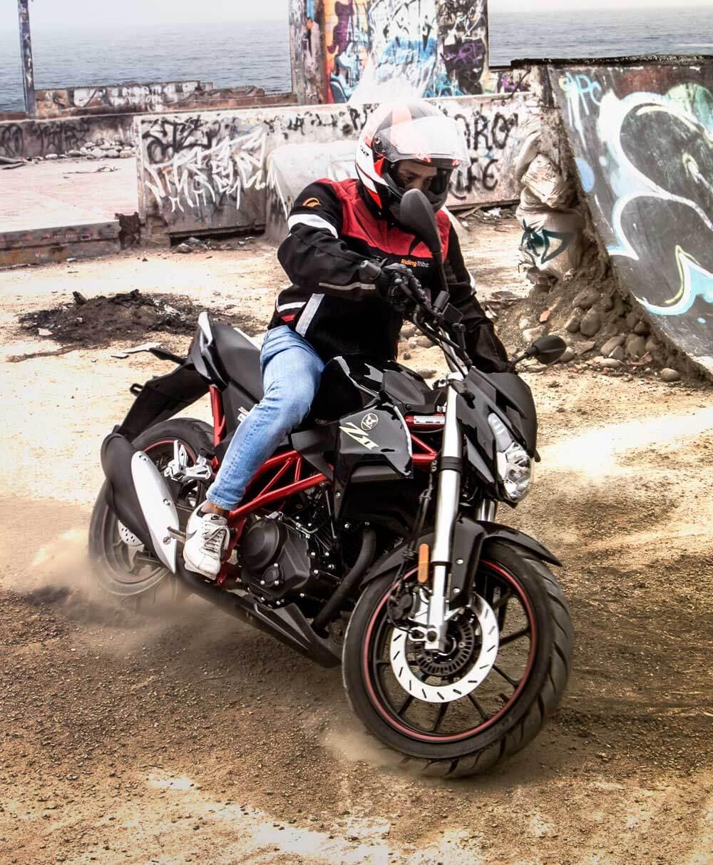 Motocicleta-Z2-vista1