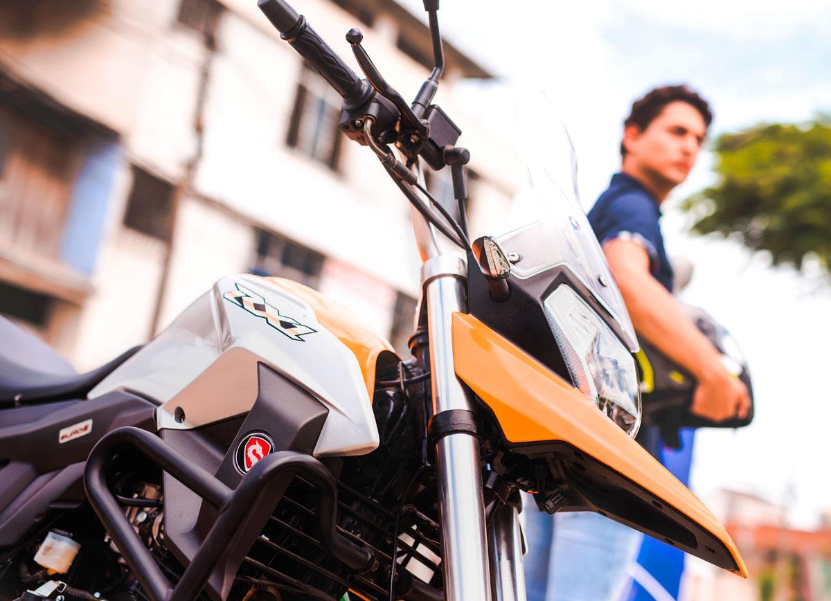 Motocicleta-RX1-vista8