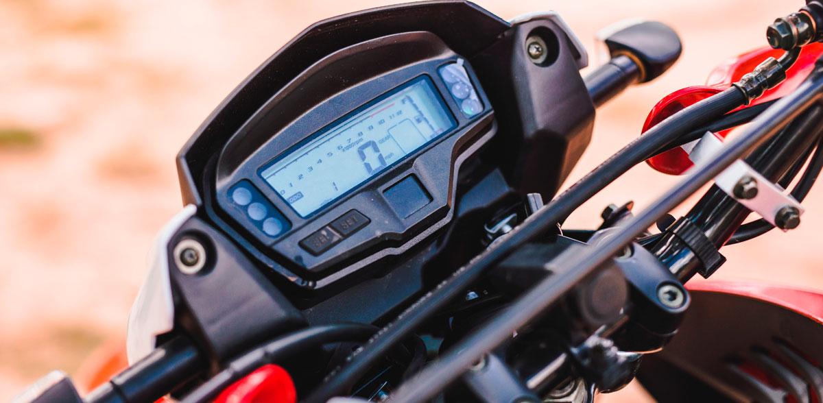Motocicleta-Triax-200-vista18
